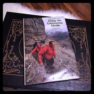 🦋2/$10 3/$15 4/$18 5/$20 Vintage Hiking Book